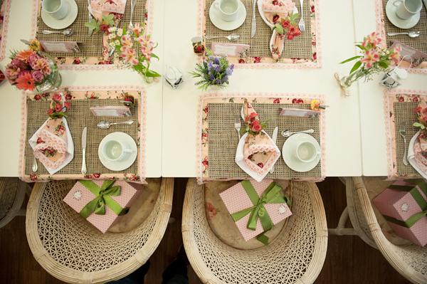 mesa charmosa by Penelope Poupee