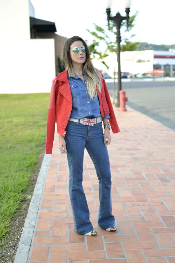look all denim+ jaqueta vermelha