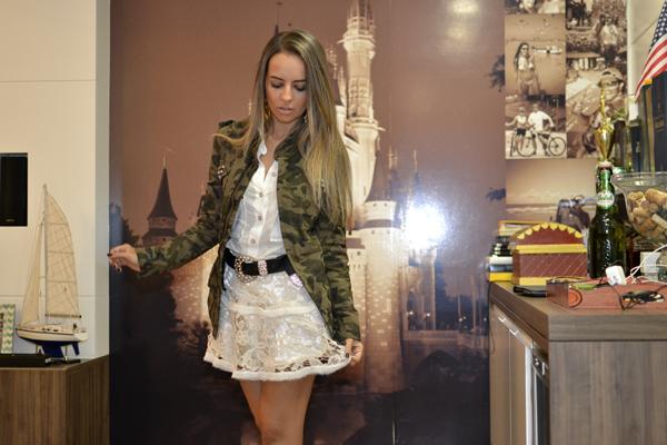 look saia renda kazullo e jaqueta camuflada zara loja on line trendy box