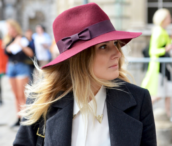 HATS-FASHION-WEEK-STREET-STYLE-HAT-BURGUNDY-METALTIP-COLLARED-SHIRT-JACKET-BLOGGER-STYLE-JAK-JILTOMMY-TON-STYLECOM-LUCY-WILLIAMS-FASHION-ME-NOW