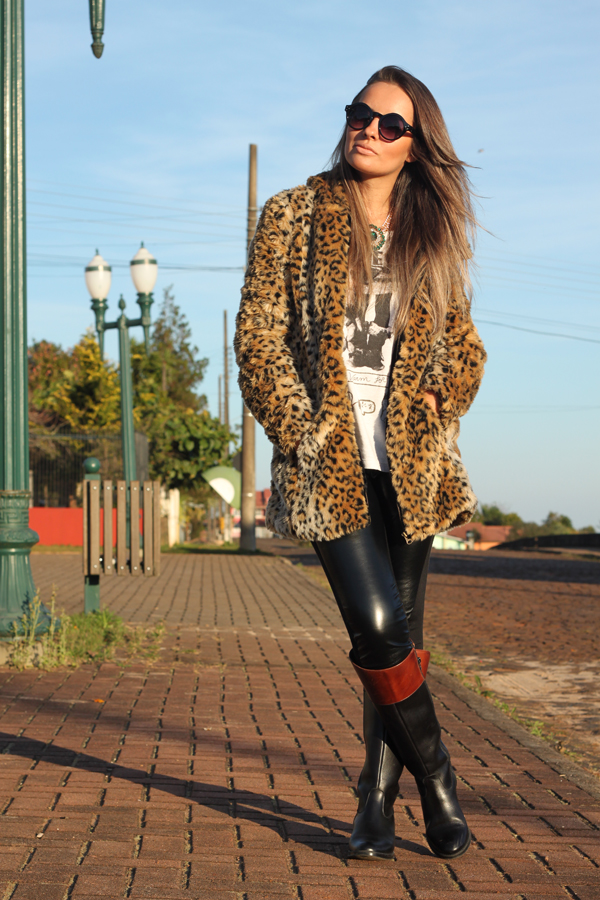 look casaco de touca pele fake animal print5