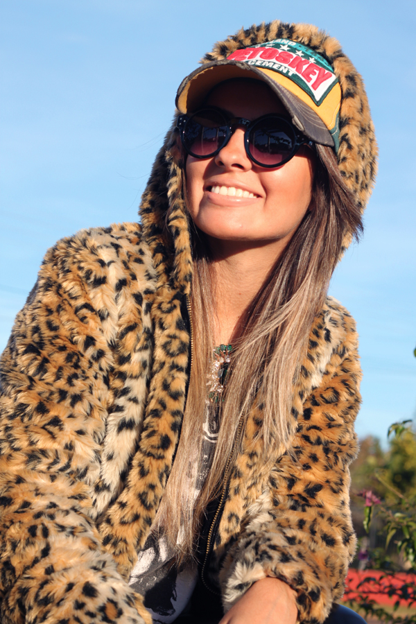 look casaco de touca pele fake animal print9