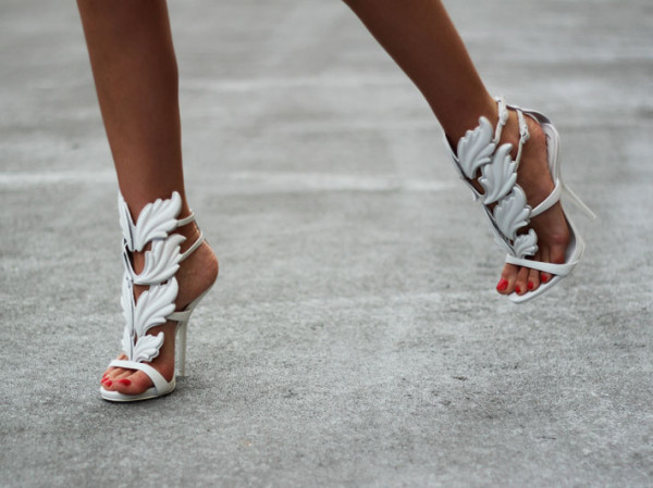 giuseppe_zanotti_shoes_sandals_womens_kanye_west